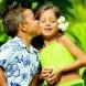 Le fa'a'amu en Polynésie, un parrainage de coeur pour un enfant