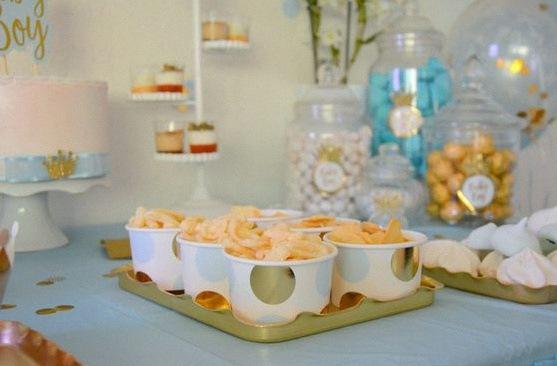 décoration bapteme thème prince laïque civil sweet table