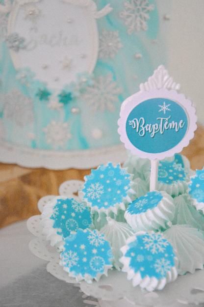 baptême thème hiver décoration sweet table hiver