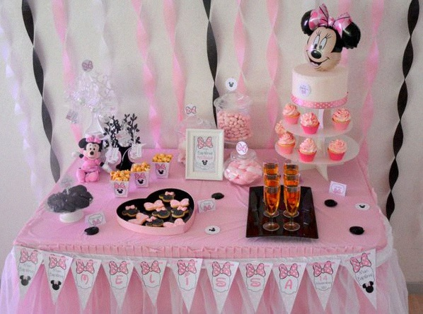 décoration minnie bapteme minnie sweet table minnie