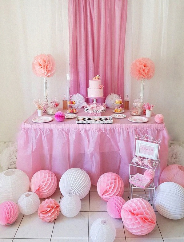 bapteme rose et blanc vichy sweet table