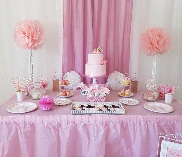 bapteme rose et blanc vichy sweet table