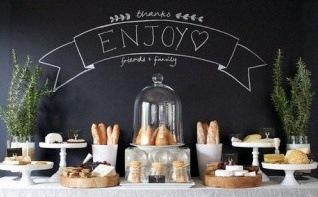 Comment réaliser un bar à fromages pour un baptême trendy ?