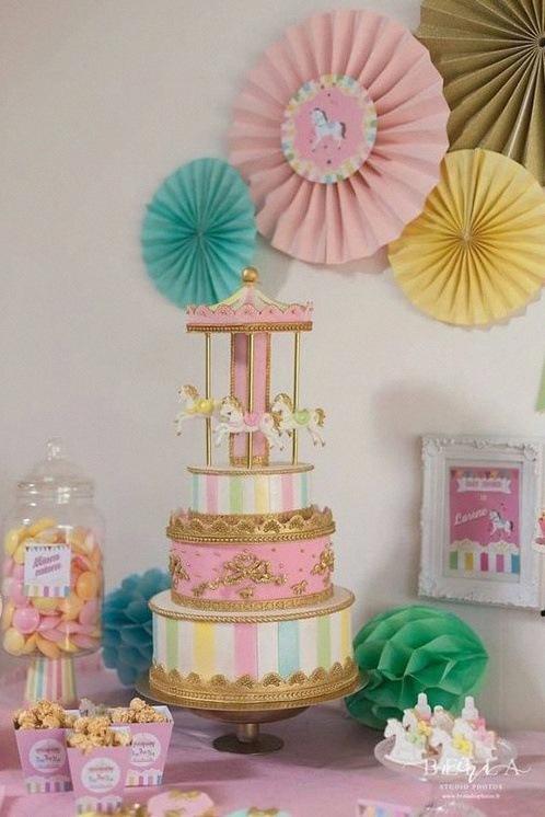 design cake carrousel gateau de bapteme