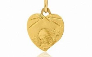 10 choses à savoir sur la médaille de baptême ou de naissance